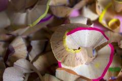 Copeaux colorés de crayon Photos stock
