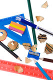 Copeaux de crayon avec la fin d'outil d'école vers le haut Image libre de droits
