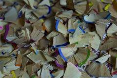 Copeaux en bois colorés de crayon Photographie stock