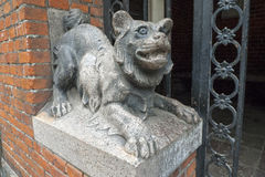 Copenhaga, Dinamarca, 2014, estátua animal de pedra Fotografia de Stock