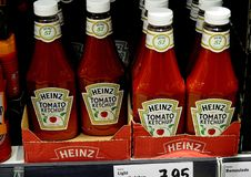 Kraft heinz tomato ketchup on sale in German food market. Copenhagen/Denmark. 25.FEBUARY 2019. Kraft Heinz tomato ketchup on sale in German grocery market Lidl stock photo