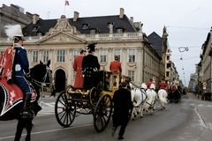 QUEEN AND PRINCE DROVE IN ROYAK CARRIAGE. Copenhagen /Denmark - 06 January 2004 _Queeb Margrethe and Prince hernik drove in royal carriage for new years rception stock image