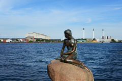 Copenhagen, Denmark - July 23, 2016: The famous statue of the little Mermaid in Copenhagen Royalty Free Stock Photos
