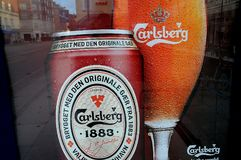 CARELBERG BEER IN LASS AND CAN. Copenhagen /Denmark - 25.October  2017.   Danish old carlberg beer in can and glass.    Photo.Francis Dean/Dean Pictures Stock Photography