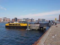 Autobús del puerto de Copenhague Fotografía de archivo libre de regalías