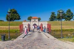 COPENHAGUE, DINAMARCA - 26 DE AGOSTO DE 2016: La puerta del rey de la ciudadela de Kastelelt en Copenhague, Denma fotografía de archivo libre de regalías