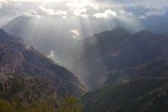 Coper kanjon, toppig bergskedjamadre royaltyfri fotografi