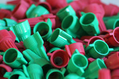 Coperchi di collegare rossi & verdi Fotografie Stock