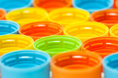 Coperchi a vite di plastica della bottiglia Fotografia Stock