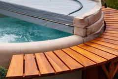 Copertura della vasca calda della stazione termale dell'acqua fotografia stock libera da diritti