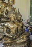 Coperturadi immagine di buddhas di Oldcon la foglia di oro Fotografia Stock