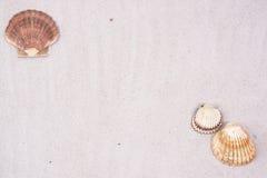 Coperture e priorità bassa della sabbia Fotografia Stock Libera da Diritti