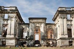 Copia di Trianon piccolo in Romania, castello rovinato Fotografia Stock