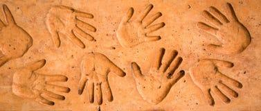 Le moyen à atopitcheskom la dermatite