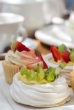 Copo-bolos frutados Imagem de Stock Royalty Free