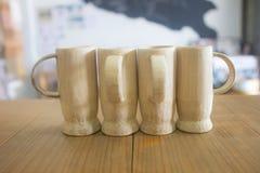 Copo de bambu limpo para fazer pelo vidro natural de bambu no stylebamboo asiático da vida, copo, bebida, close up, chá, natureza fotos de stock