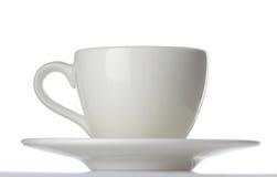 Copo de café branco do chá do café com o saucer isolado Imagem de Stock Royalty Free