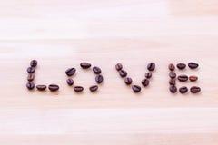 Copo de café com coração Fotos de Stock Royalty Free