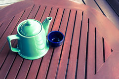 Copo de café na loja Fotografia de Stock Royalty Free