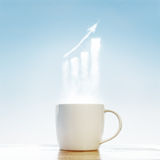 Copo de café com símbolo do negócio Imagem de Stock Royalty Free