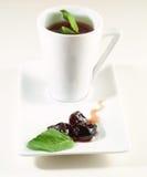 Copo de chá da fruta imagens de stock