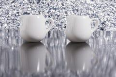 Copo de dois brancos Imagens de Stock
