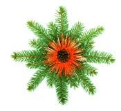 Copo de nieve hecho de ramificaciones del árbol de navidad Imagen de archivo libre de regalías