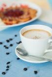 Copo do café do latte Fotos de Stock