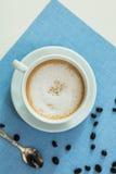 Copo do café do latte foto de stock royalty free