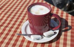 Copo do cappuccino Imagens de Stock Royalty Free