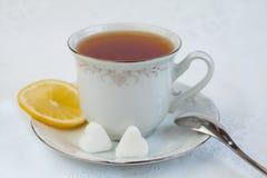 Copo do chá com limão Imagens de Stock