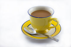Copo do chá do leite imagem de stock
