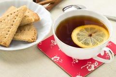 Copo do chá e dos biscoitos Imagem de Stock