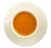 Copo do chá quente do leite no branco fotos de stock royalty free