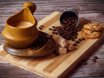 Copo e cookies de Coffe imagens de stock
