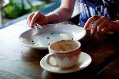 Copo vazio da placa e de café Imagens de Stock