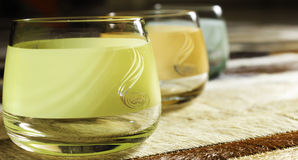 3 copos coloridos Imagens de Stock