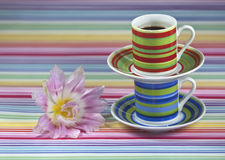 Copos de café listrados Foto de Stock Royalty Free