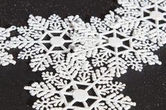 Copos de nieve blancos Imagen de archivo libre de regalías