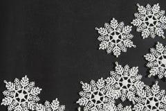 Copos de nieve blancos Fotos de archivo libres de regalías