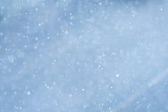 Copos de nieve blancos abstractos en invierno Imagenes de archivo