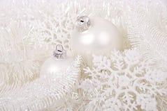 Copos de nieve de la American National Standard de las bolas del Nuevo-Año Imagenes de archivo