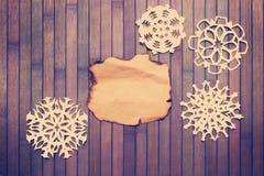 Copos de nieve decorativos viejos Fotos de archivo