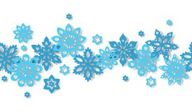 Copos de nieve inconsútiles de la frontera aislados en el fondo blanco Imagen de archivo