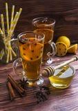Copos do chá do limão Fotografia de Stock