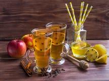 Copos do chá do limão Foto de Stock Royalty Free