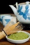 Copos e chá verde imagem de stock