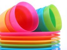 Copos e placas plásticos Fotografia de Stock
