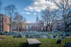 Copp ` s wzgórze Zakopuje Zmielonego cmentarz i Starego Północnego kościół - Boston, Massachusetts, usa fotografia stock