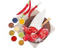 Coppa curado cortado com especiarias e pimenta de pimentão vermelho fotos de stock